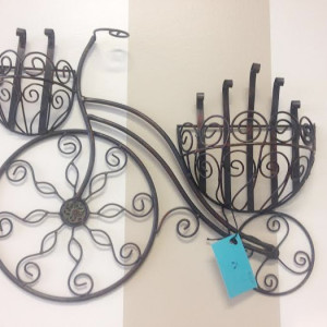 iron-bicycle-wall-hanger